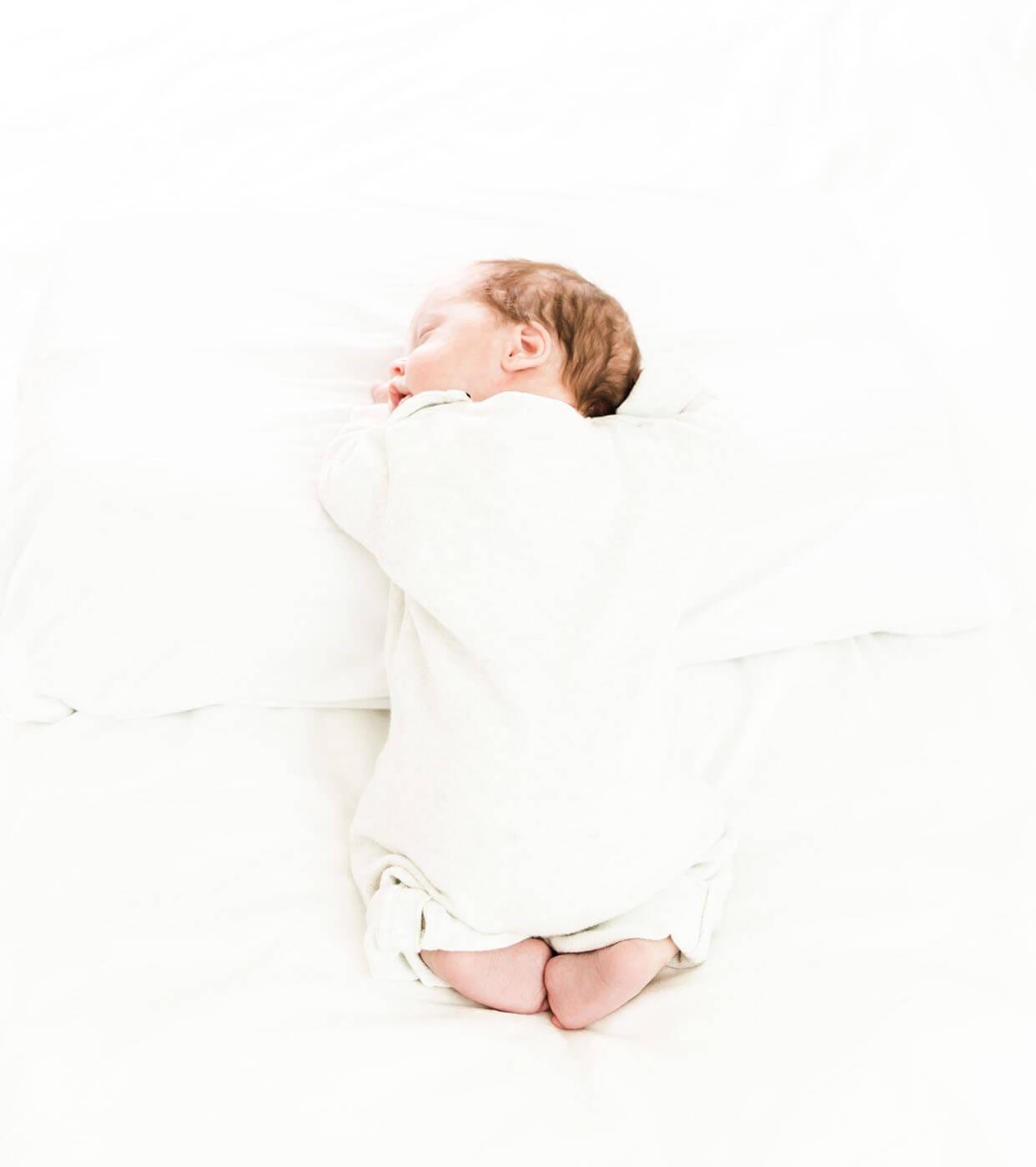 newborn fotograaf Zuidhorn, newborn fotograaf Groningen, newborn fotografie Zuidhorn, newborn fotografie Groningen, baby shoot Zuidhorn, baby shoot Groningen, lijn 10