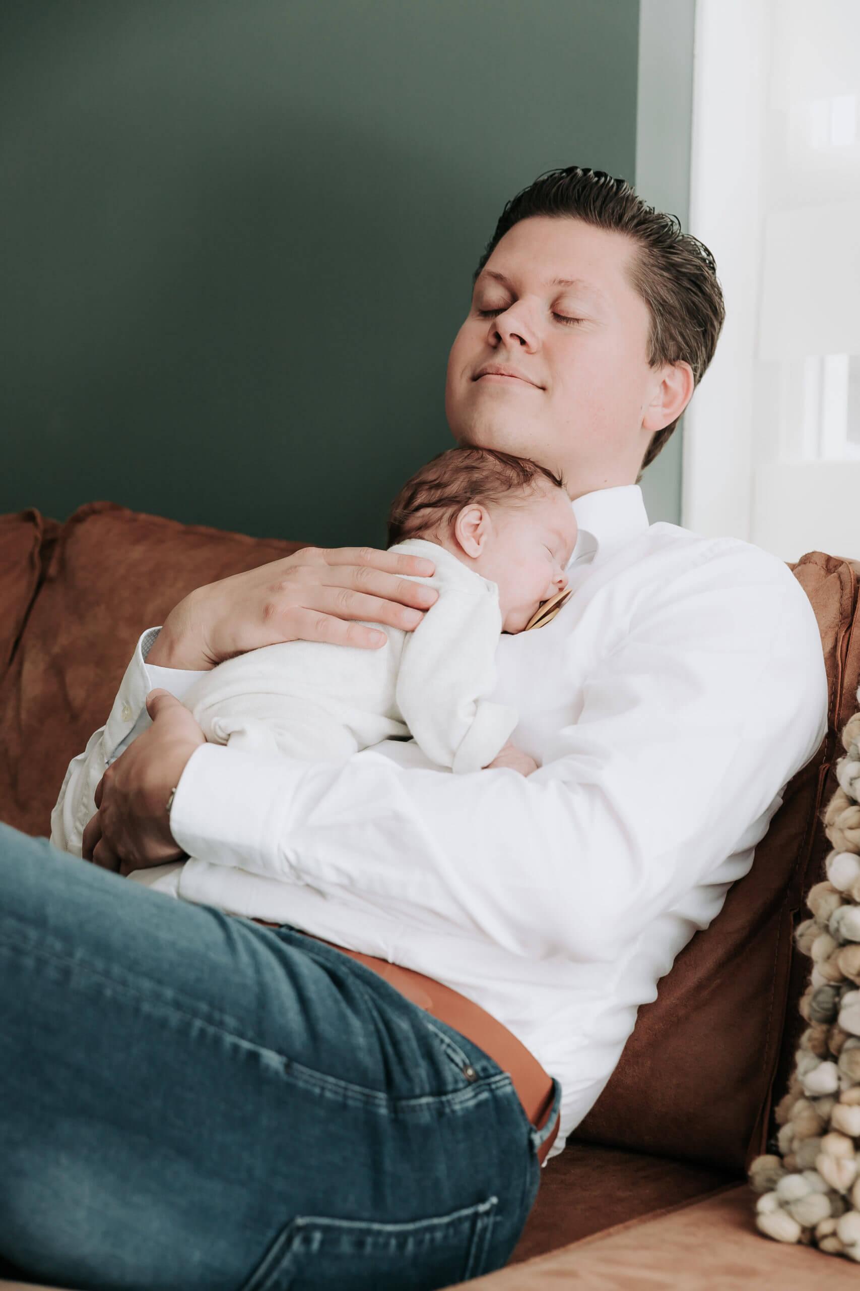 newborn fotograaf Zuidhorn, newborn fotograaf Groningen, newborn fotografie Zuidhorn, newborn fotografie Groningen, baby shoot Zuidhorn, baby shoot Groningen, lijn 10, Haren, Leek, Roden, Marum, Grijpskerk, Assen